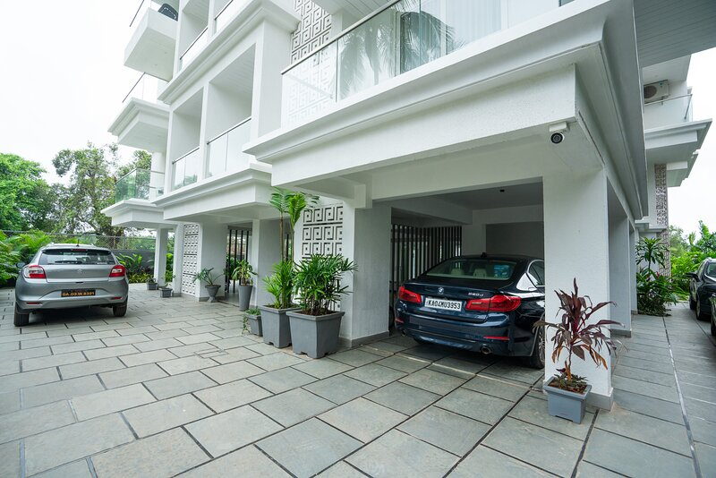 Green Ambit, The Calissa Azore 201, vacation rental in Nagoa