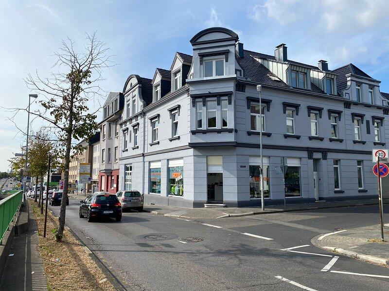 Zwei Raum Wohnung/Zentral/Bayernähe max. 4 Gäste, holiday rental in Leichlingen