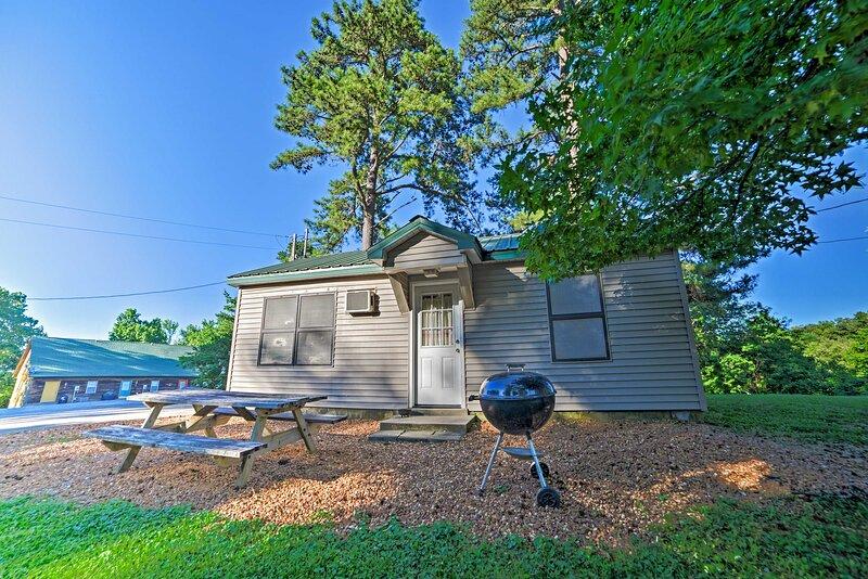 NEW! Cabin on Kentucky Lake: Nearby Marina Access!, alquiler vacacional en Springville