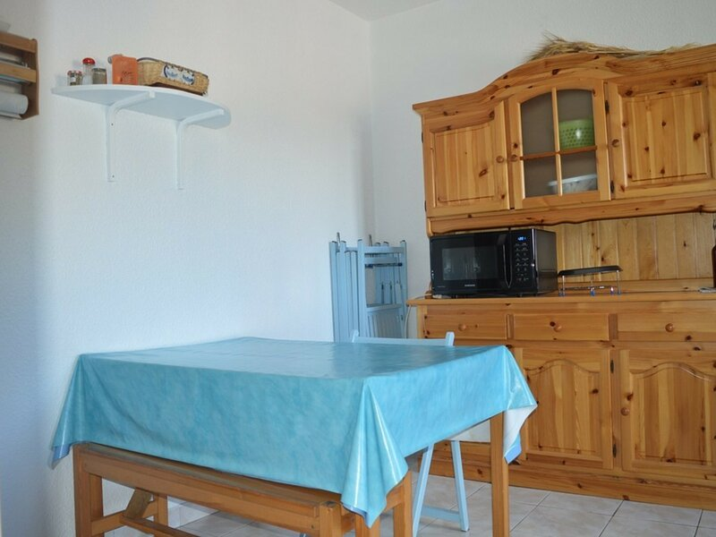 STUDIO CABINE, holiday rental in Fontrabiouse
