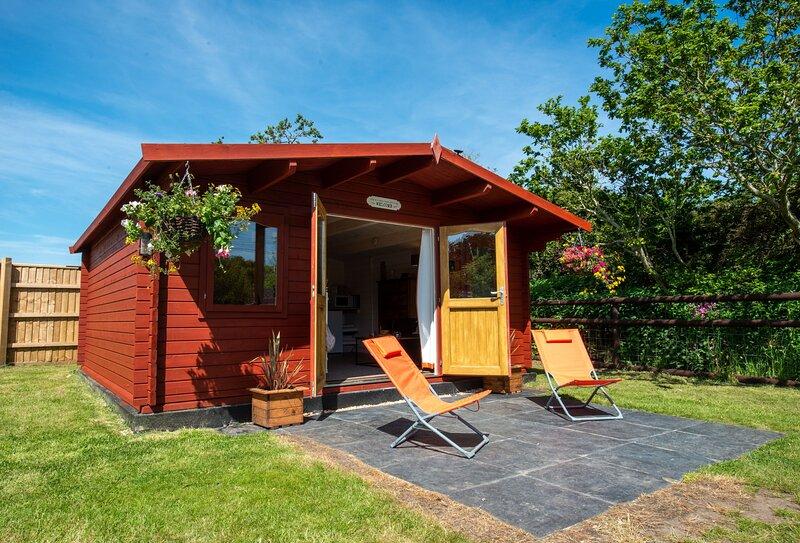 Primrose Cabin, casa vacanza a Puddletown