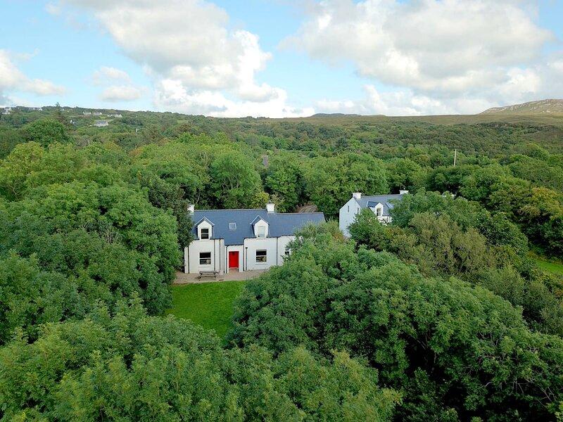 Glenieraragh, holiday rental in Portnablagh