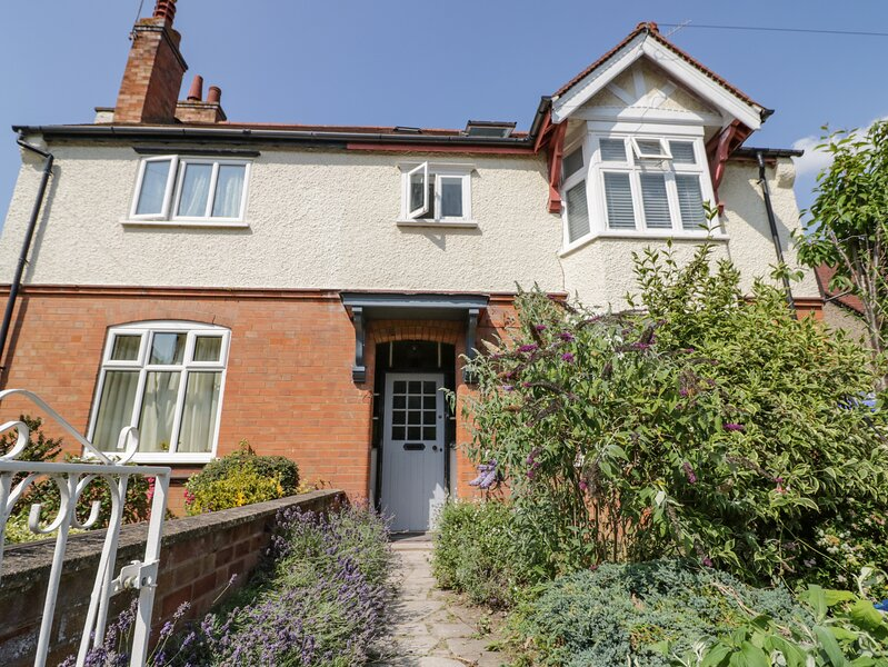10 Albany Road, Stratford-Upon-Avon, vacation rental in Welford on Avon