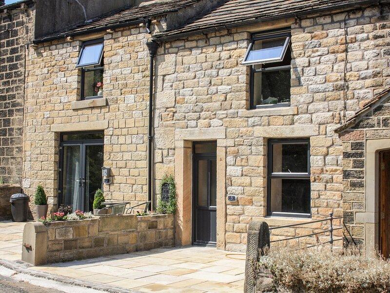 Squirrel Cottage, Cross Hills, holiday rental in Sutton-in-Craven