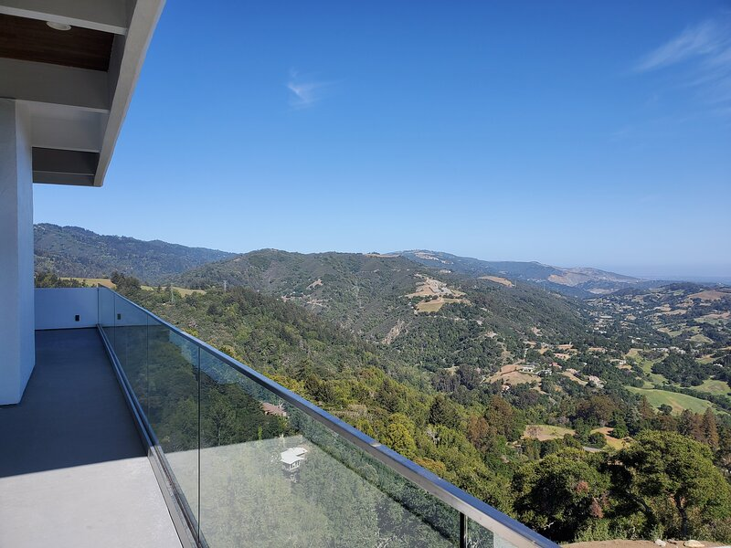 Modern Executive Retreat in Silicon Valley, alquiler de vacaciones en Redwood Estates