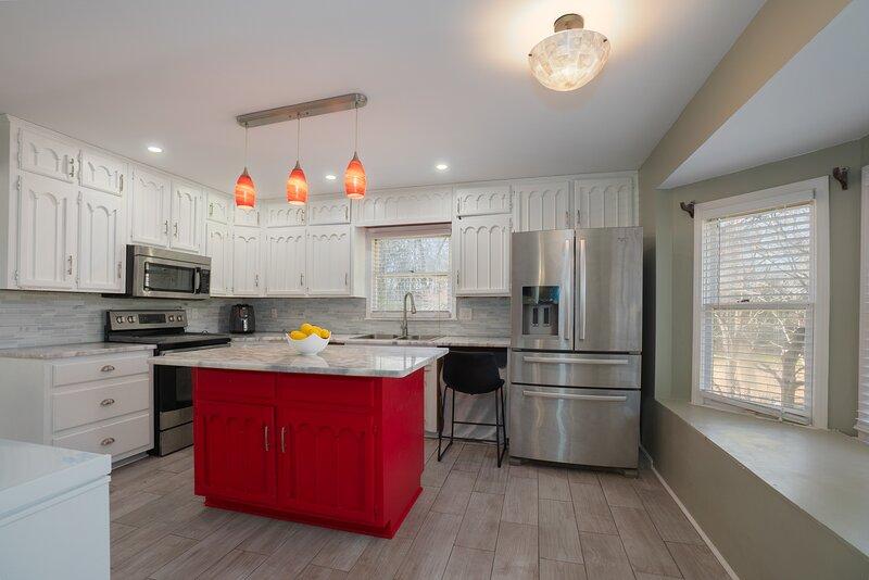 Your Luxury home away from home, alquiler de vacaciones en Bessemer