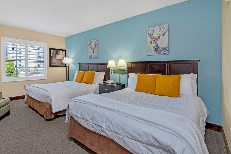 Near Disney - 1BR with Two Queen Beds - Pool and Hot Tub!, casa vacanza a Windermere