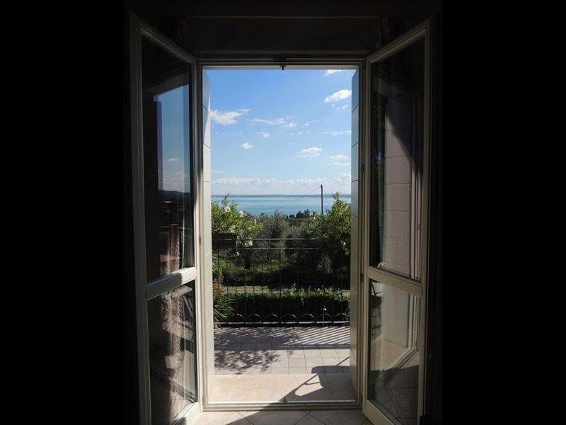 Villa Rosa - Penthouse 2, vacation rental in Moniga del Garda