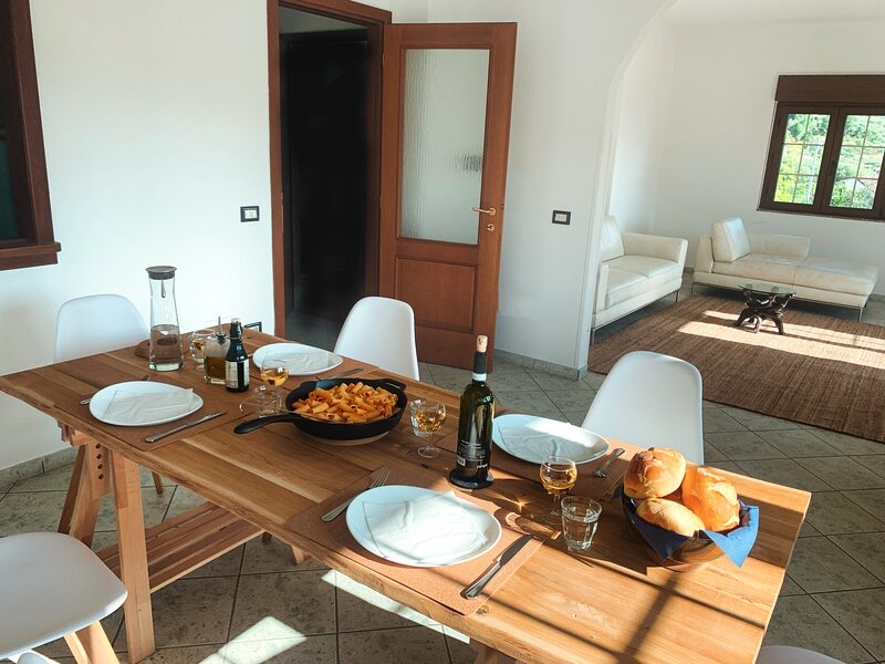 CerasUno - A night in an Italian National Park, holiday rental in Montano Antilia