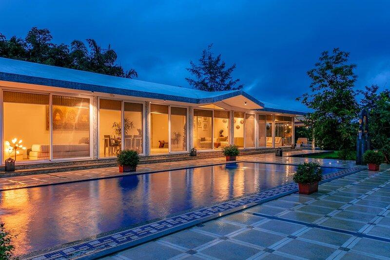 Le Sutra Great Escapes - Geometrica by Vista Rooms, location de vacances à Khalapur