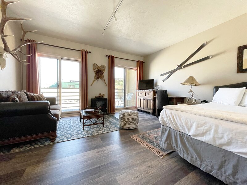 Alpine Lodge - On Main St. - Park City - Best Deal, holiday rental in Park City