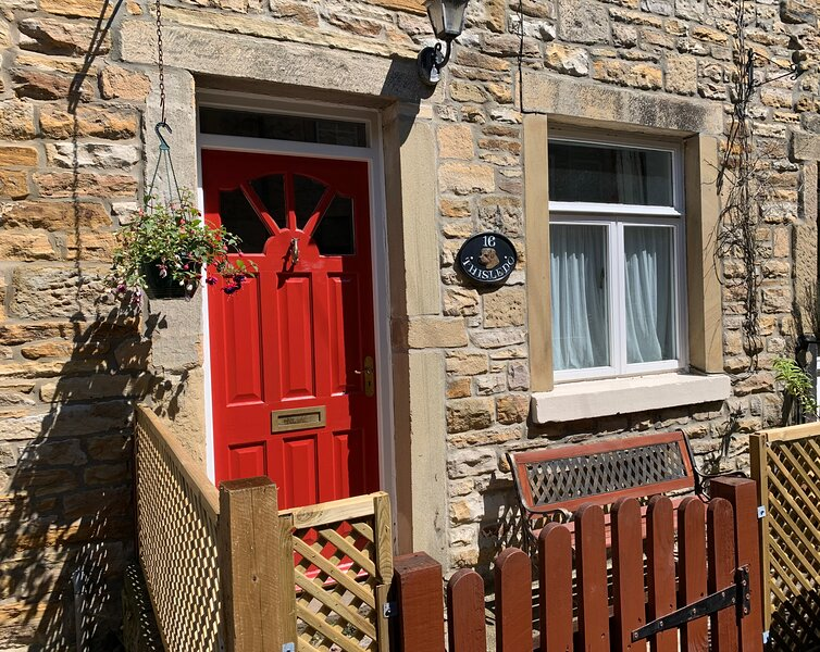 Charming Holiday Cottage within a quick & easy walk into Skipton Town Centre, location de vacances à Skipton