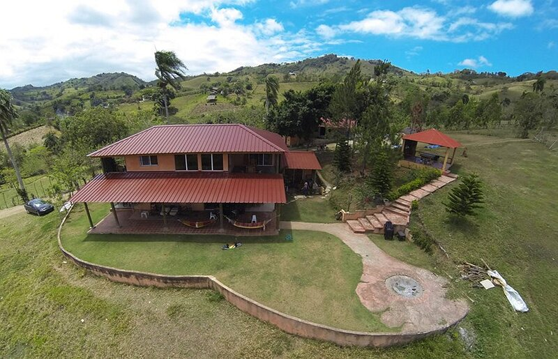 DISCONNECT - spend the weekend with your family on a lake, holiday rental in Yaque Arriba