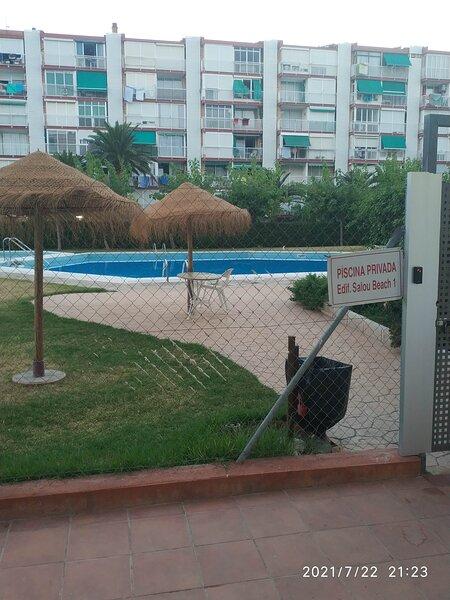 Apartamento  en edificio Salou beach I, alquiler vacacional en La Pineda