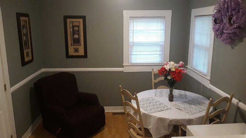 Perfect home in the heart of downtown, holiday rental in Roebuck
