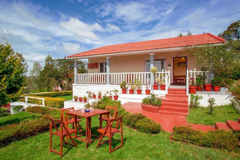 Zolas Retreat by Vista Rooms, holiday rental in Masinagudi