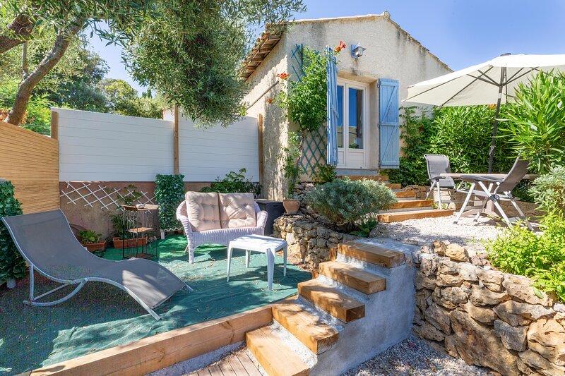 Kaléno - Studio proche plage - St Raphael, holiday rental in Le Dramont