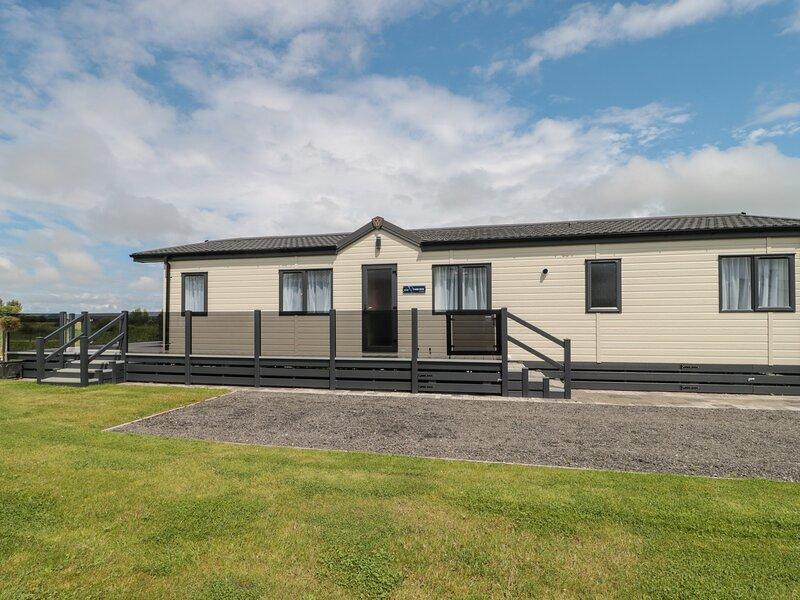 14 Fairways, Burnham-On-Sea, vacation rental in Brean