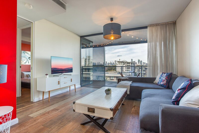 Stylish Unit with City Views, BBQ, 2 Gyms and Pools, alquiler de vacaciones en Rozelle