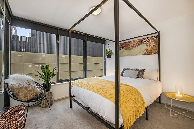 Boutique 2-Bed Unit with Pool and Gym near Casino, casa vacanza a Yarra Glen