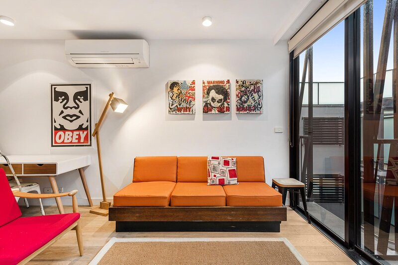 Incredible Location Metres from Luna Park and Beach, casa vacanza a Sandringham