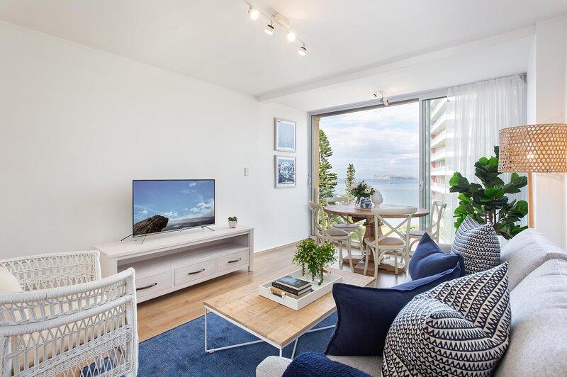 Incredible Ocean Views in 2-Bed Unit near Beaches, location de vacances à Manly Vale