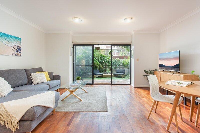 MadeComfy | Lush Courtyard Bondi Beach Retreat, holiday rental in Bronte