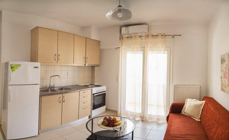 Modern Apartment - 5min walk to beach - AC - WIFI, vacation rental in Tripitos