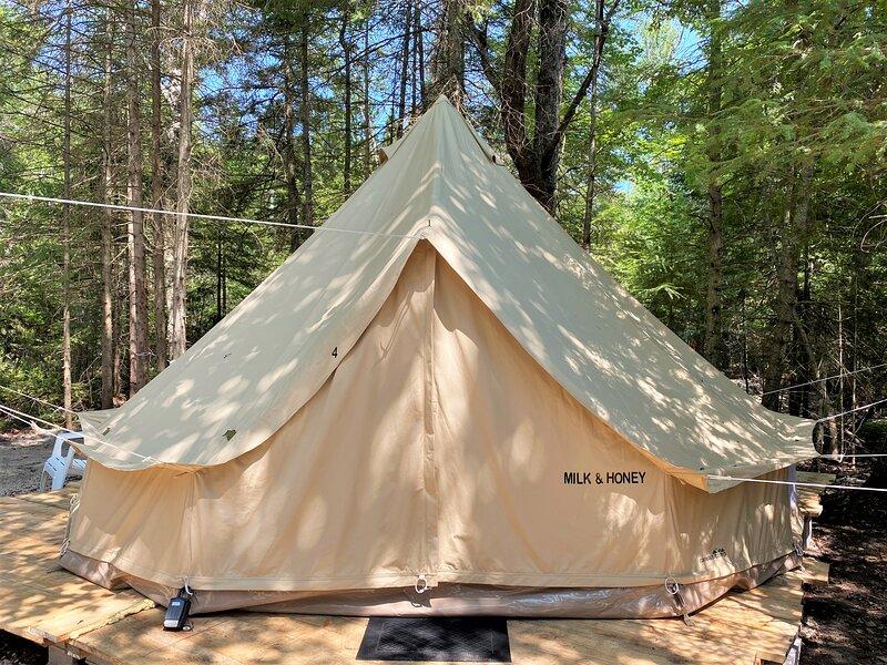 Milk N Honey Camp #4, vacation rental in Mackinac Island