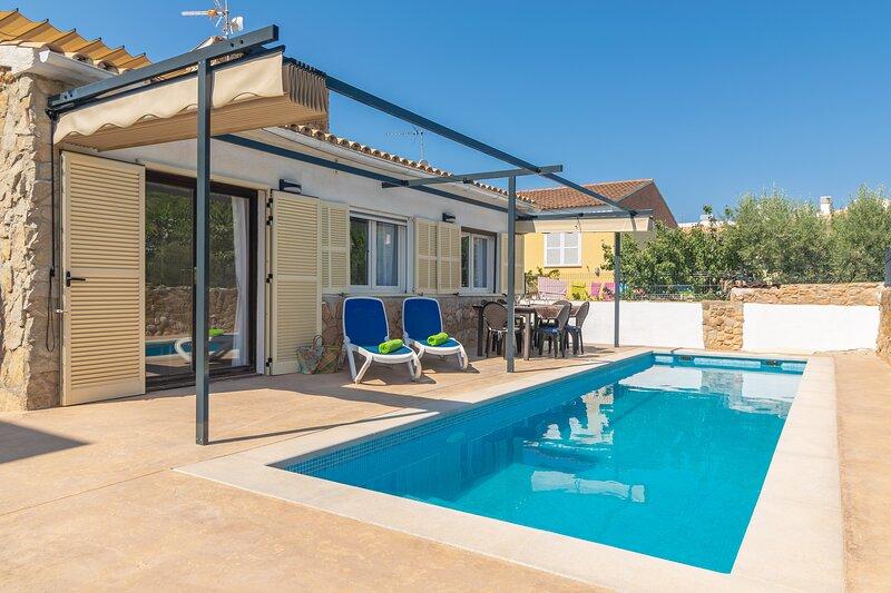 CAN CLAVELL - Villa for 4 people in Colònia De Sant Pere, holiday rental in Colonia de Sant Pere