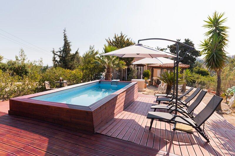 Nila's Villa, location de vacances à Koskinou