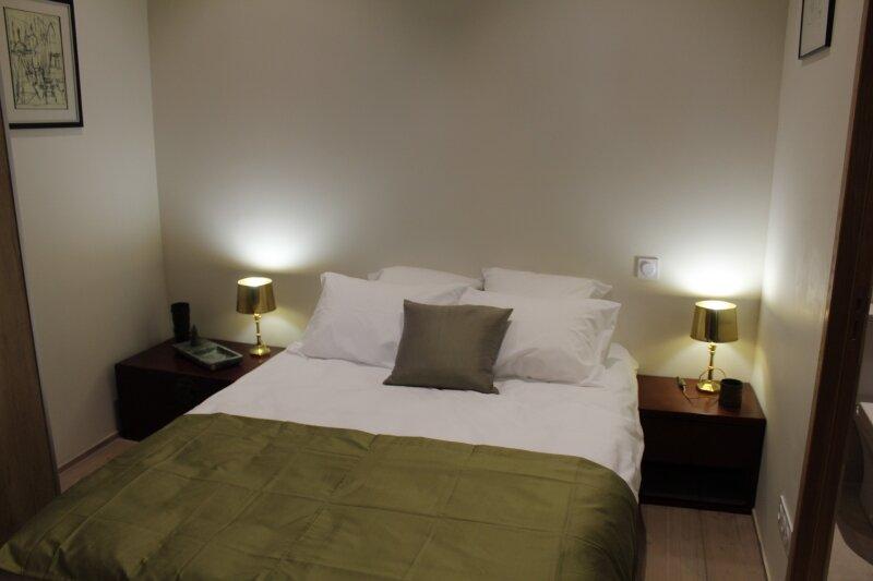 La Maison Verte Séte Suite 'SURREALISME', vacation rental in Sete