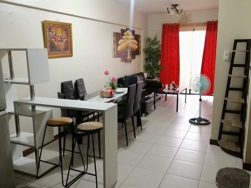Remarkable 2-Bed Apartment in Pasig, holiday rental in Antipolo City