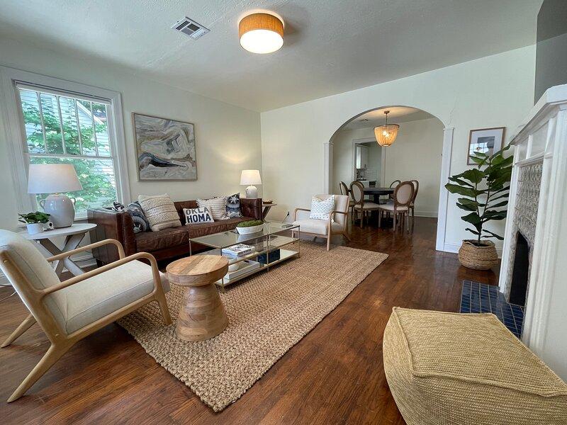 High End Campus Cottage - 5 Star Luxury Home - Walk to Stadium / Campus Corner, vacation rental in Norman