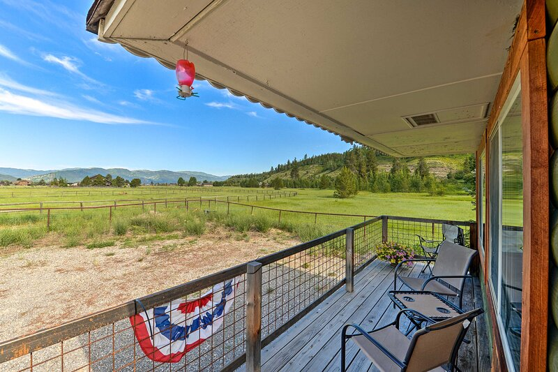 NEW! Quiet Cabin ~ 1 Mi to Snake River Fly Fishing, holiday rental in Thayne