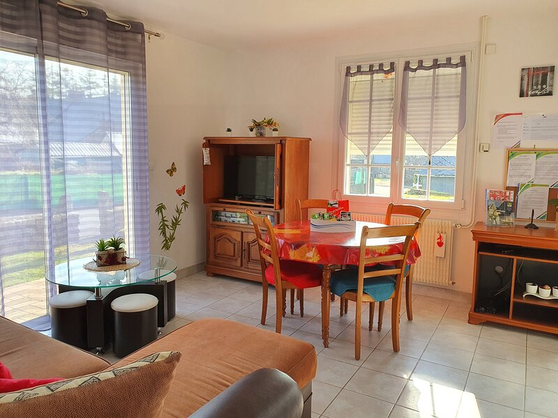 Nice house in Moustéru, alquiler de vacaciones en Guingamp