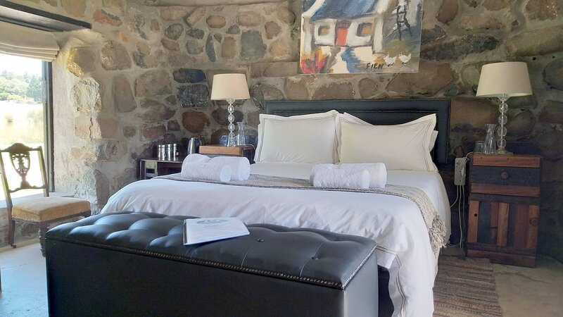Flitwick Ranch - Bull Stables Room 9, alquiler de vacaciones en Swartberg