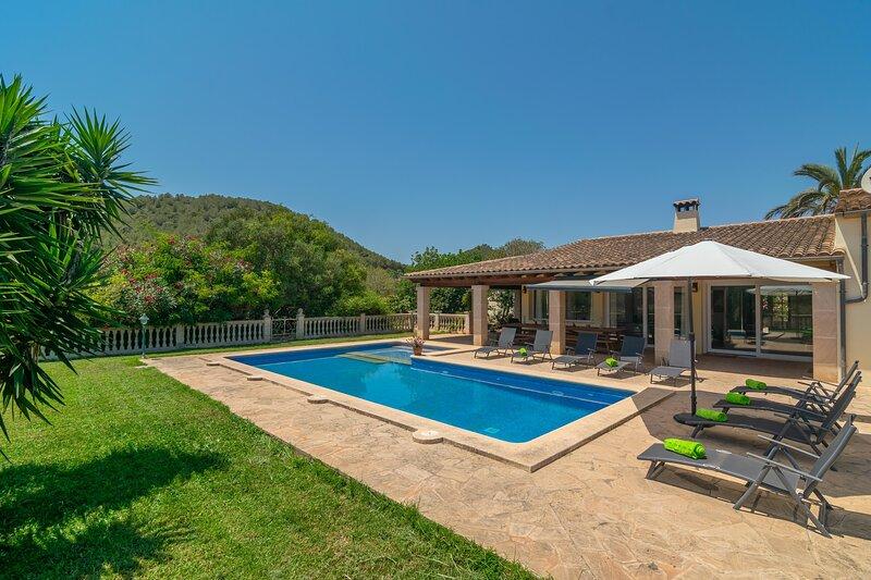 CA NA MARGALIDA - Villa for 10 people in CALA MURADA, holiday rental in Cala Murada