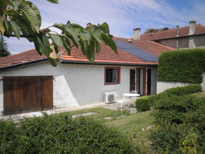 Gîte au Bis, location de vacances à Seyresse