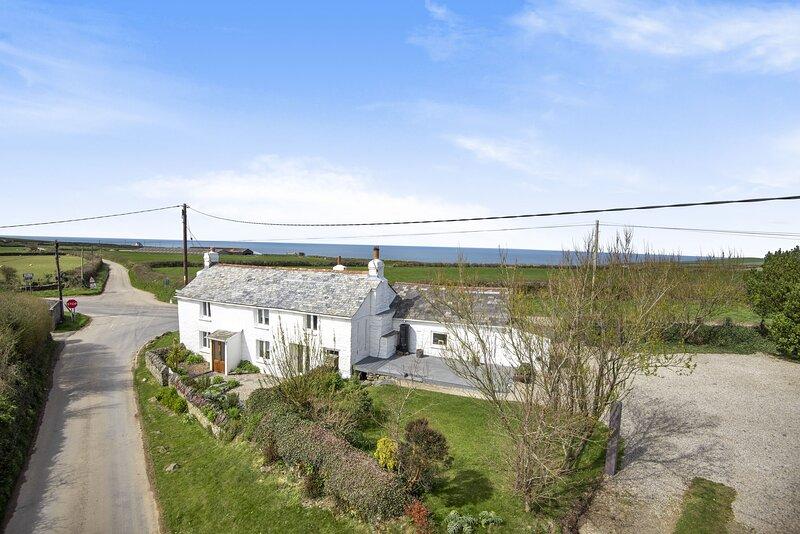 Magpie Cottage, holiday rental in Saint Teath