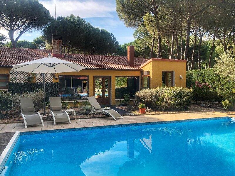 Villa con piscina privada de 9x5, alquiler de vacaciones en Provincia de Valladolid
