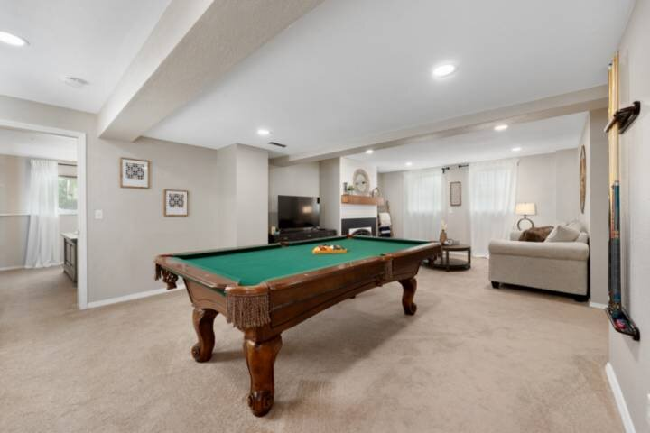 New!!!..The Layover in Littleton....Hot Tub...Pool Table!!!, casa vacanza a Littleton