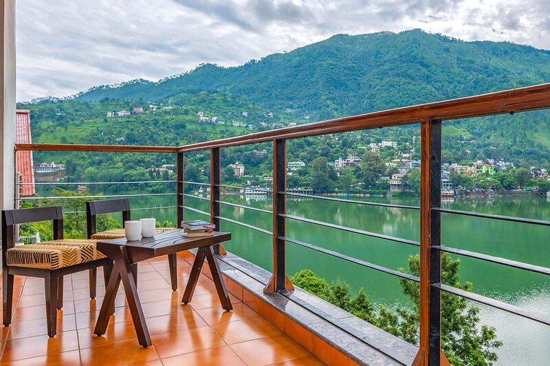 Lakeview Manor by Vista Rooms, location de vacances à Haldwani
