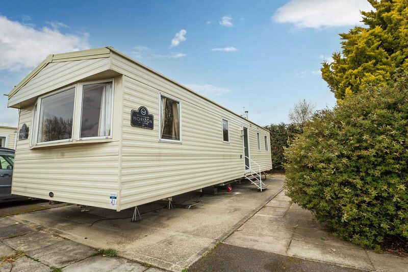 Great 8 berth caravan for hire at Southview Holiday Park in Skegness ref 33021W, casa vacanza a Burgh le Marsh