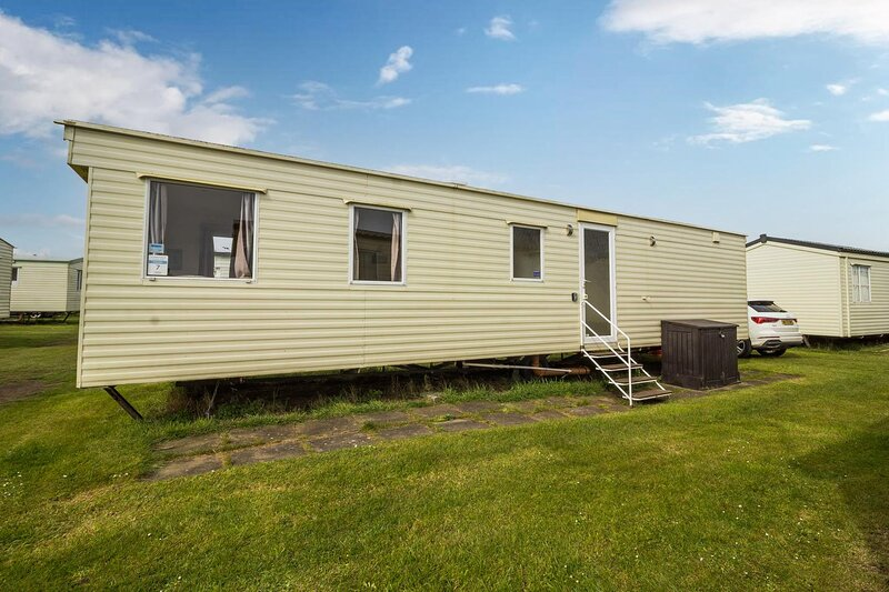 8 berth caravan for hire at Sunnydale Park in Lincolnshire, Skegness ref 35007S, holiday rental in North Somercotes