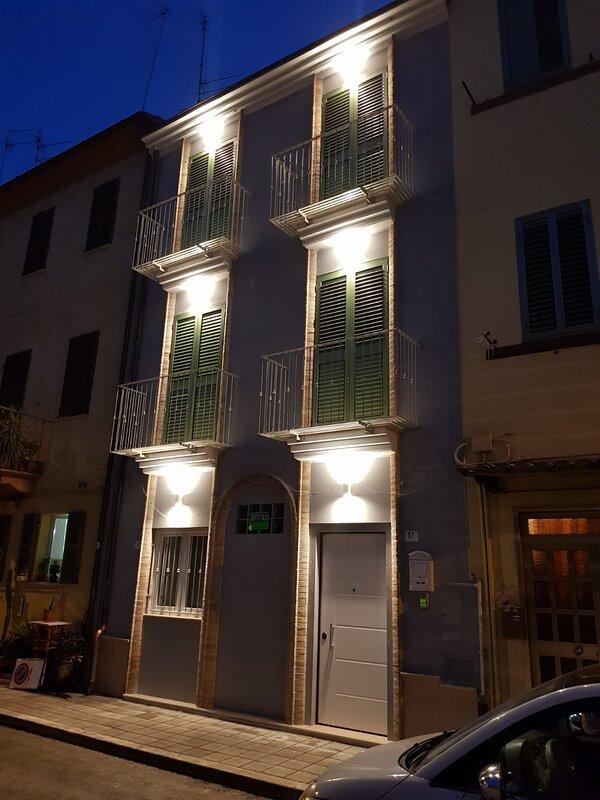 SUITE CENTRO SAN BENEDETTO DEL TRONTO, holiday rental in Acquaviva Picena