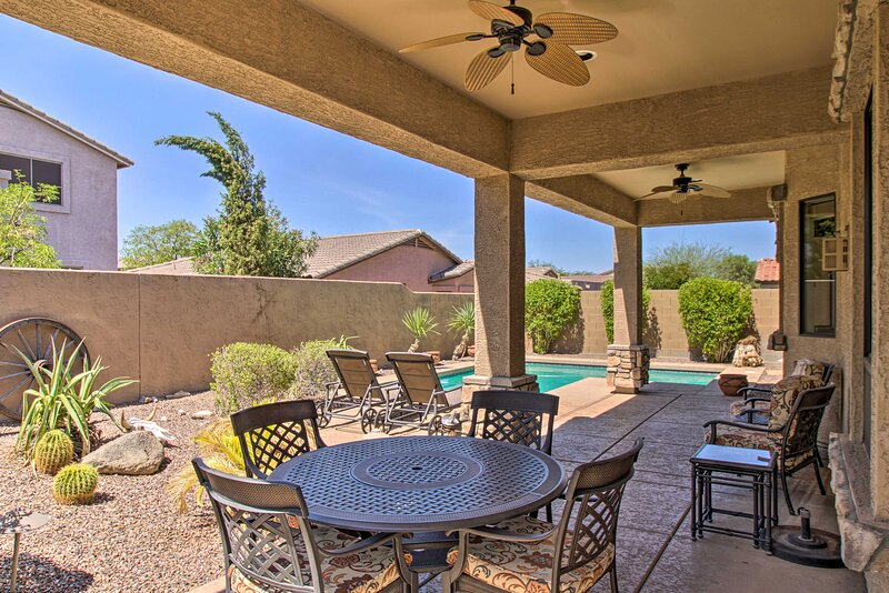 NEW! Relaxing Mesa Oasis By Red Mountain Trails, casa vacanza a Apache Junction