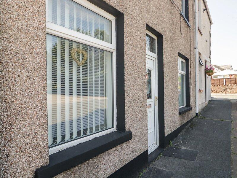 3 Lonsdale Terrace, Millom, Cumbria, holiday rental in Kirksanton