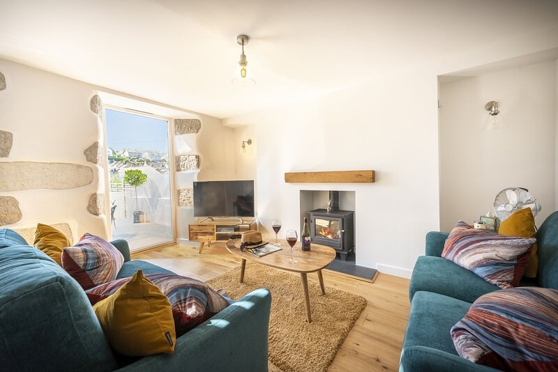 The Hideaway - A refurbished fisherman's cottage in the heart of west Cornwall's, casa vacanza a Sithney