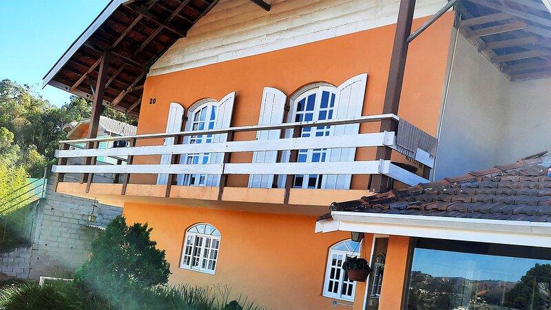 Casa perto do centro de Capivari, Campos do Jordão, Ferienwohnung in Tremembe
